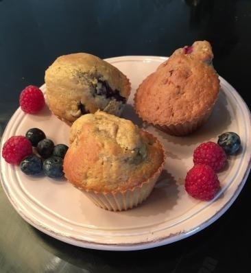 muffins met framboos of bosbes